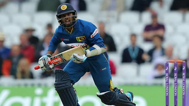 Sri Lanka salvaged a 1-1 draw with Bangladesh, who could only make 210 in reply to 280-9 in the final one-day international.