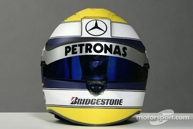 "Casco de Nico Rosberg <span class=""copyright"">Mercedes GP Petronas Formula One Team</span>"