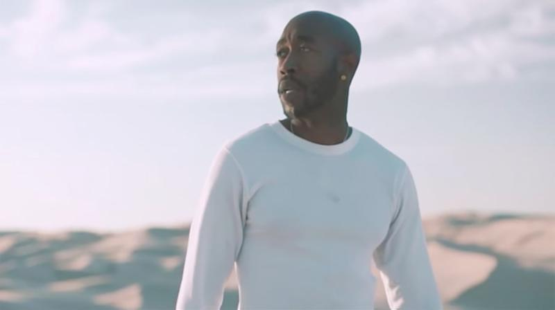 Watch Freddie Gibbs Wander Desert in 'Crushed Glass' Video