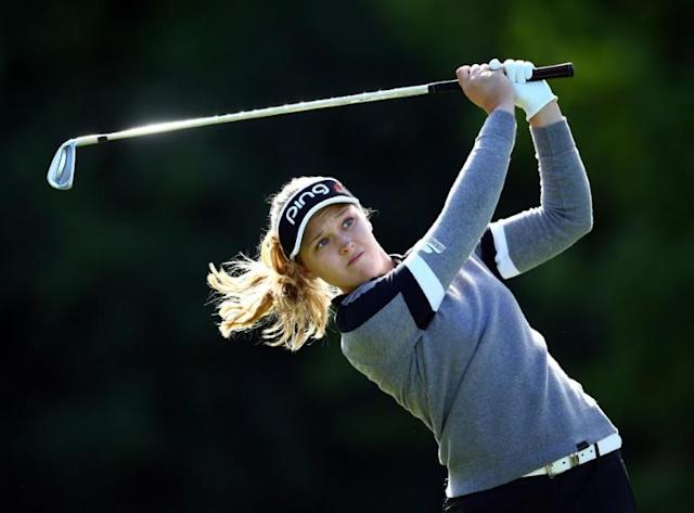 Defending champion Brooke Henderson of Canada is one of the lead of American Annie Park after the first round of the LPGA Canadian Women's Open (AFP Photo/Vaughn Ridley)