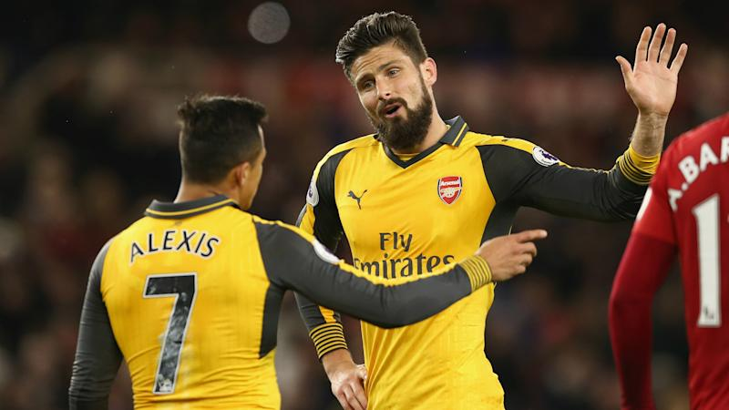 "Giroud : ""Je veux continuer avec Arsenal"""