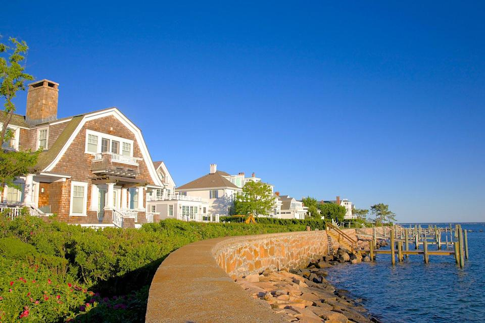 New England-style waterside homes, Stonington, New London County, Connecticut, New England, USA.