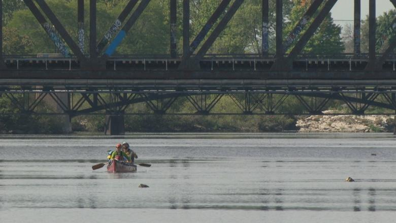 How to stay safe paddling Ottawa's rivers this spring