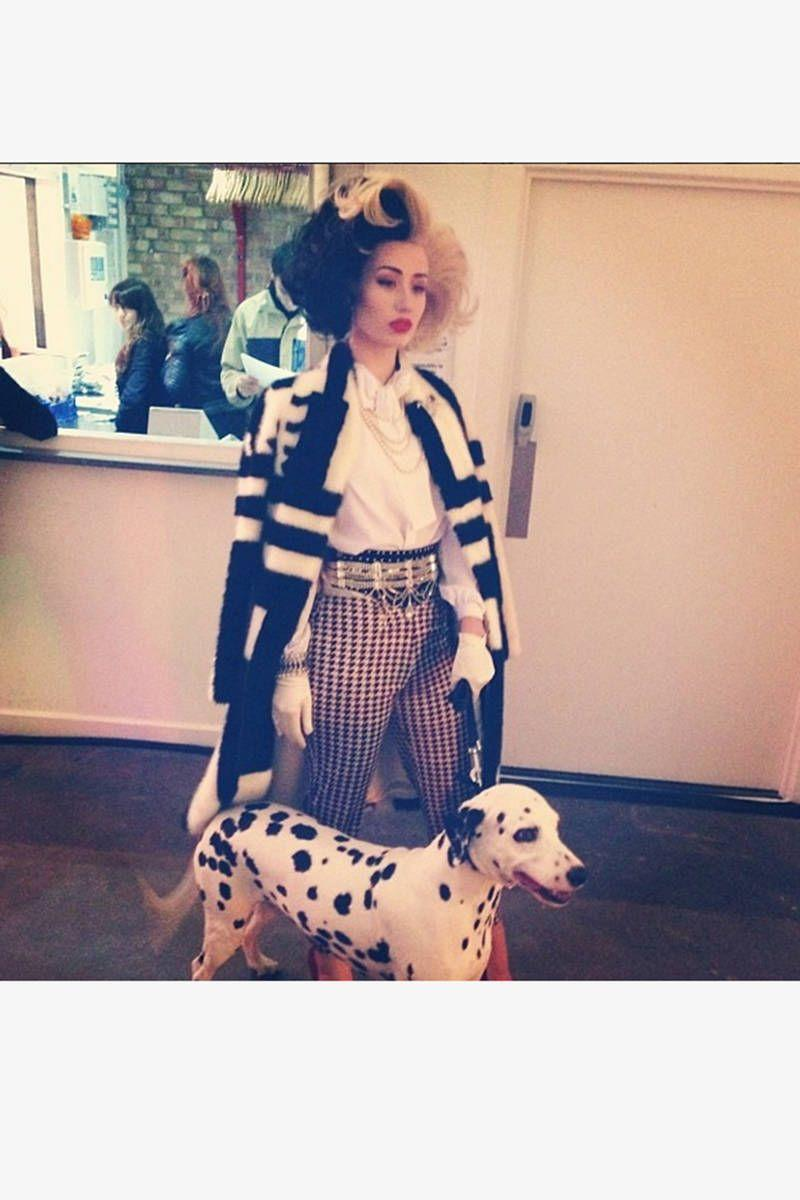 <p>As Cruella de Vil ensemble with a real-life spotted accessory. </p>