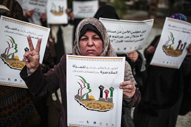 <p>Palestinian women stage a solidarity protest against Israeli violations against women in Jerusalem, within the International Day for the Elimination of Violence against Women events on Nov. 23, 2017 in Gaza City, Gaza. (Photo: Mustafa Hassona/Anadolu Agency/Getty Images) </p>