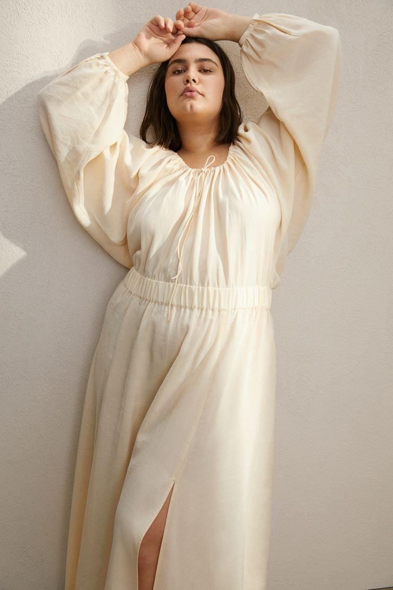 <p>This ivory <span>H&amp;M Long Linen-blend Dress</span> ($50) is so gorgeous and statement making. Plus, it's comfortable too.</p>
