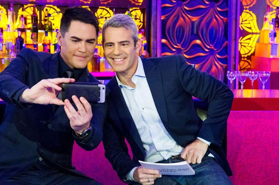 """<p><em>Vanderpump Rules </em>producer Bill Langworthy explained at <a href=""""https://www.bravotv.com/bravocon/bravocon-2019-bravo-producers-filming-secrets"""" rel=""""nofollow noopener"""" target=""""_blank"""" data-ylk=""""slk:BravoCon"""" class=""""link rapid-noclick-resp"""">BravoCon</a> why this is important: """"I think as much as people can get lost in the story, the better.""""</p>"""
