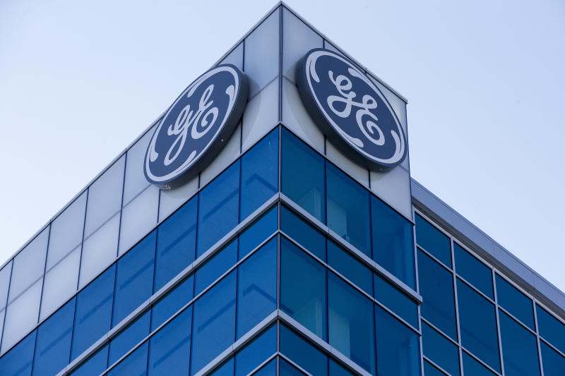 General Electric reports 3Q loss of $22.8 bn, cuts dividend