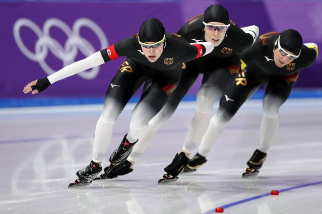 Speed Skating - Pyeongchang 2018 Winter Olympics - Women's Team Pursuit Competition Finals - Gangneung Oval - Gangneung, South Korea - February 21, 2018. Roxanne Dufter, Gabriele Hirschbichler and Claudia Pechstein of Germany in action. REUTERS/John Sibley