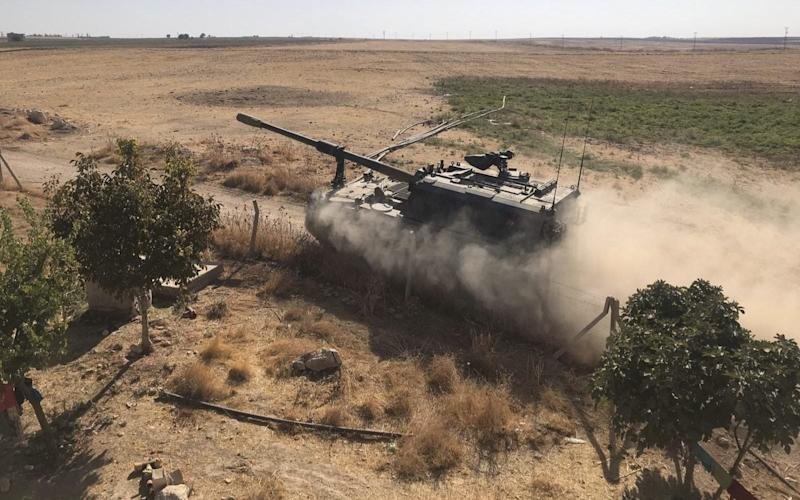 Turkish Armed Forces' howitzers deploy across Syrian town of Tel Abyad - Anadolu