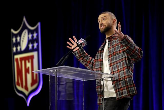 Super Bowl half time entertainer Justin Timberlake gives a news conference about his upcoming performance in Minneapolis, Minnesota, U.S. February 1, 2018 REUTERS/Kevin Lamarque