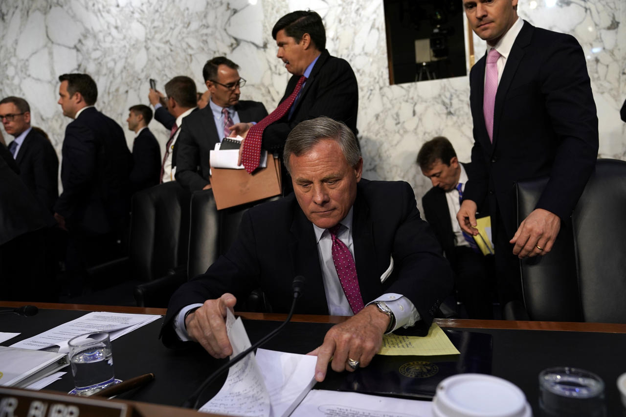 <p>Committee chairman Senator Richard Burr collects his notes after former FBI Director James Comey testified before a Senate Intelligence Committee hearing on Russia's alleged interference in the 2016 U.S. presidential election on Capitol Hill in Washington, U.S. June 8, 2017. (Photo: Jonathan Ernst/Reuters) </p>