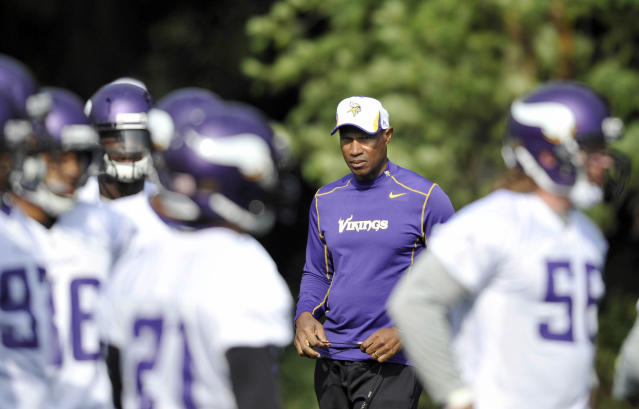 In this photo provided by the NFL, Minnesota Vikings' head coach Leslie Frazier watches his players, during the final practice session, at the Grove Hotel, Watford, England, Friday, Sept. 27, 2013. The Pittsburgh Steelers are to play the Minnesota Vikings in the NFL International Series at Wembley Stadium in London on Sunday, Sept 29. (AP Photo/NFL, Sean Ryan)