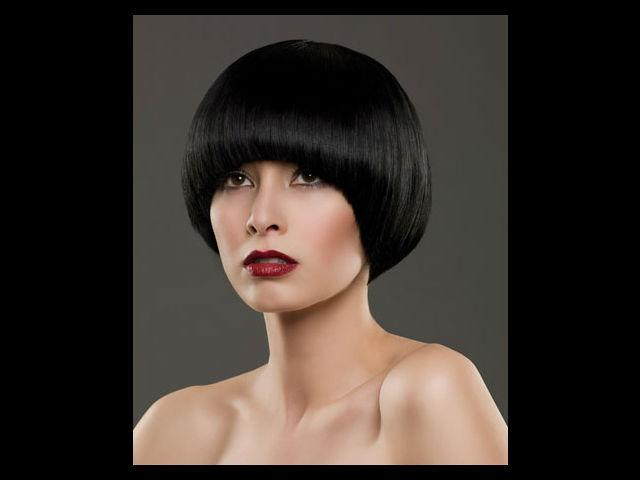 <b>5. Ultra short bob</b><br /><br /> Never confuse a plain bob cut with an ultra short bob. These women are as different as chalk and cheese. An ultra short bob symbolises an assertive woman who has a strong sex appeal. She has a personal style and never follows any rules. <br /><br /><b>Best Suits: </b>The ultra short bob suits women with a good bone structure. Your short hair draws attention to your high cheekbones and perfect jaw.