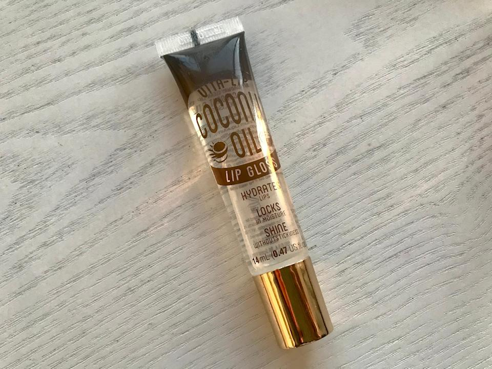 rose hip gloss review
