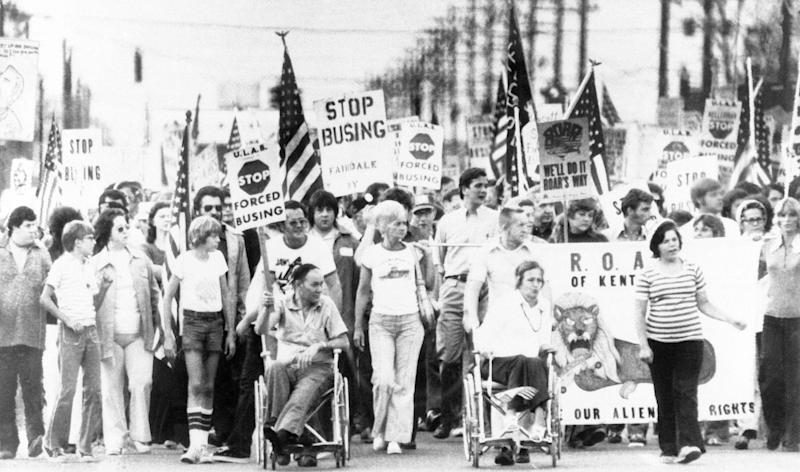 Protesters in southern Jefferson County, Kentucky, march against school desegregation on Aug. 31, 1976, the day before the start of the second year of court-ordered school busing. (Photo: ASSOCIATED PRESS)