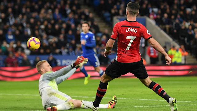 Leicester City failed to find a way back against 10-man Southampton, who moved out of the Premier League's drop zone with a 2-1 win.
