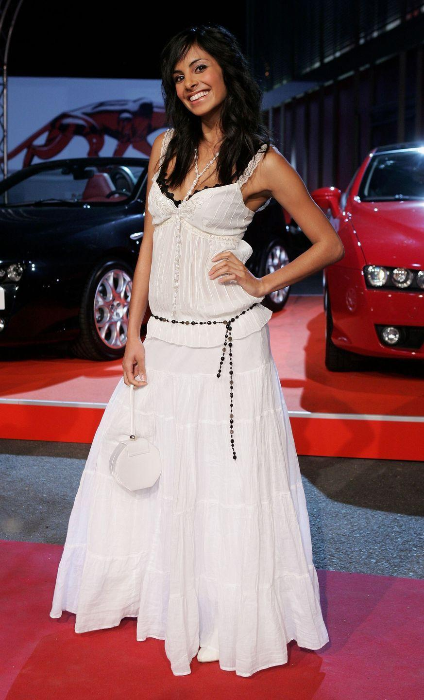 <p>Long, voluminous skirts paired with a random belt were big once. While tiered maxi skirts and dresses have recently become popular, full-on peasant skirts are something you can likely say goodbye to.</p>