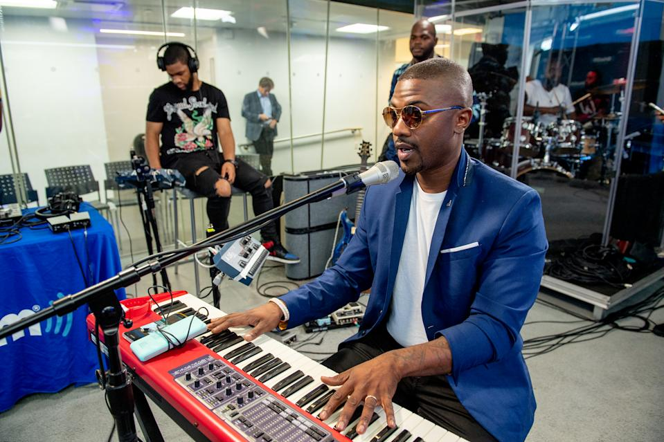 NEW YORK, NY - JULY 31:  Singer Ray J visits SiriusXM to perform and promote his Raycon consumer electronics brand at SiriusXM Studioson July 31, 2018 in New York City.  (Photo by Roy Rochlin/Getty Images)