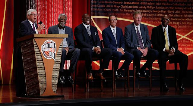 David Stern's Hall of Fame induction speech puts spotlight on others, not himself