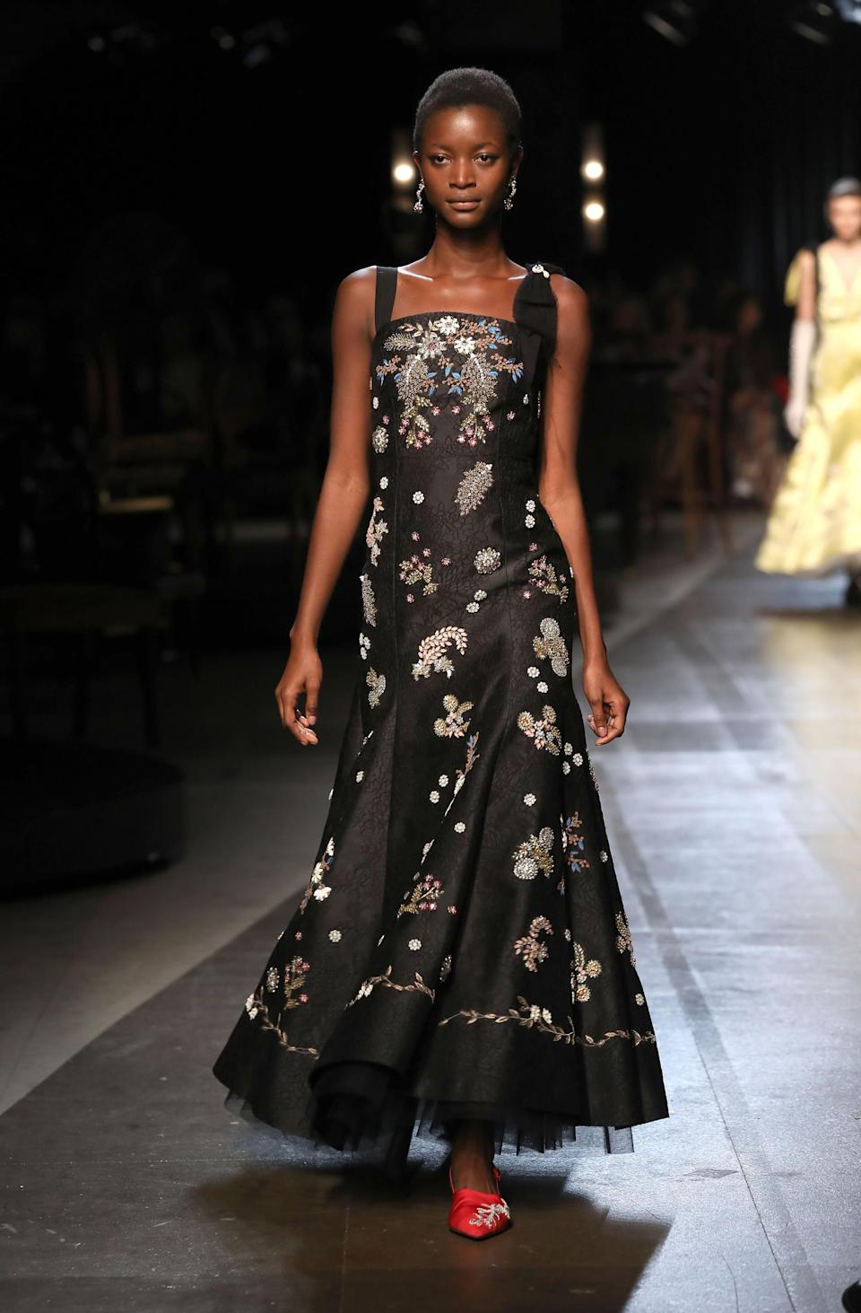 <p>Giving florals a dark and dramatic spin. </p>