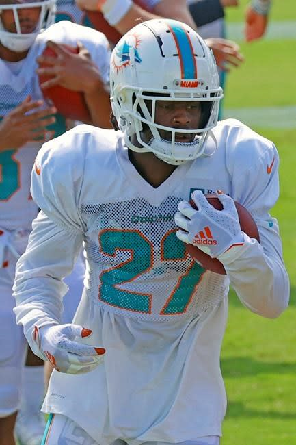 Jets acquire RB Ballage from Dolphins for 7th-round pick