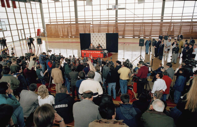 More than 200 members of the media listen during a news conference with Michael Jordan after a brief basketball workout in Chicago, Monday, Feb. 7, 1994. Jordan agreed to a minor league contract with the Nashville Sounds, the Chicago White Sox Class AAA affiliate. The White Sox have invited Jordan to attend spring training as a non-roster invitee. (AP Photo/John Swart)