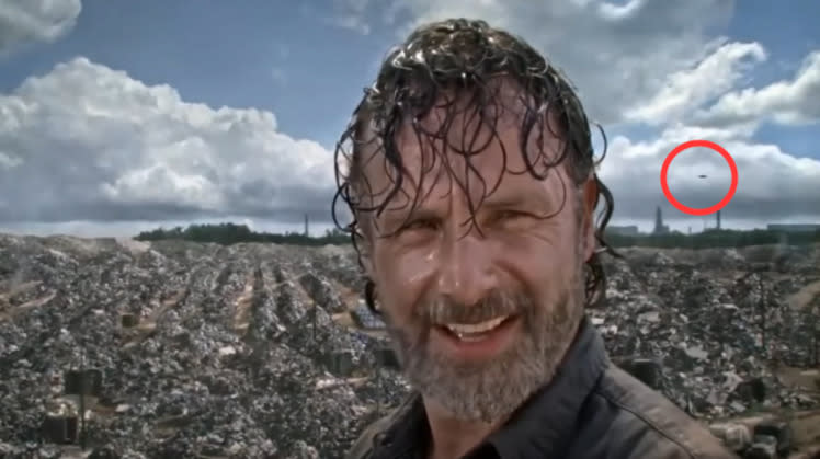 'Walking Dead' Clears Up Mystery And Plot Hole At The Same Time
