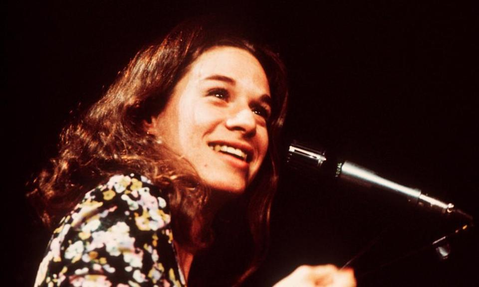 Carole King on stage, London, 1972