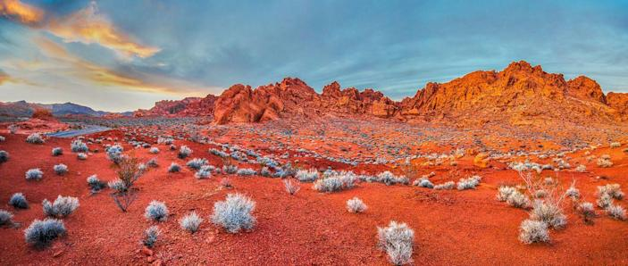 <p>It's easy to see why the Valley of Fire State Park, Nevada got its name, with its fiery landscape. </p>