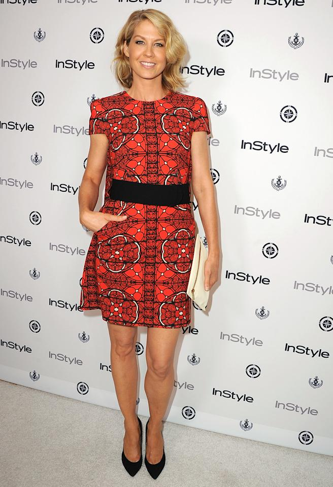 <b>Who:</b> Jenna Elfman<br /><br /><b>Wearing:</b> Alexander McQueen<br /><br /><b>Where:</b> InStyle summer party in West Hollywood