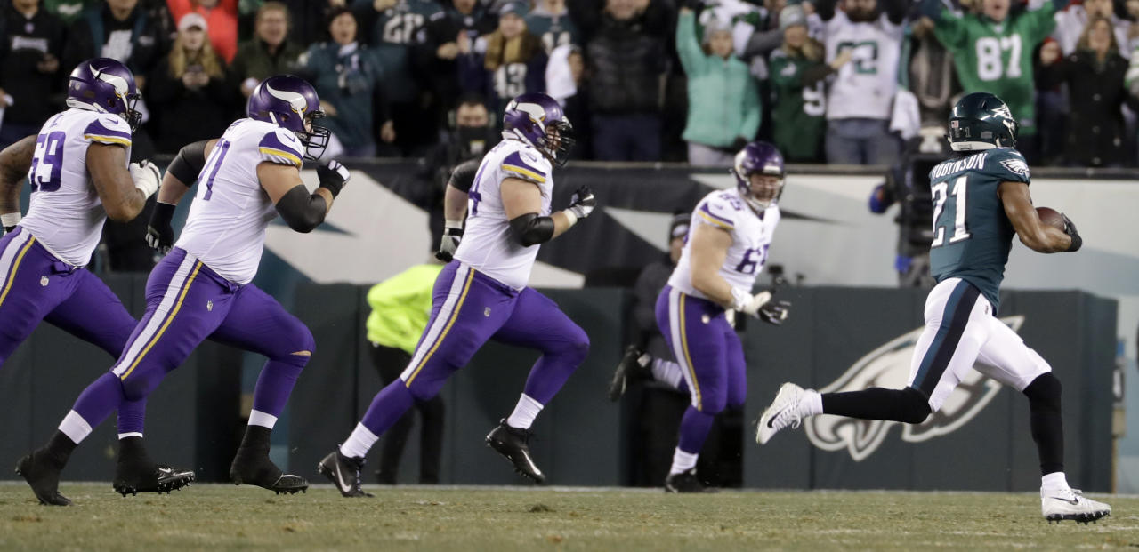 <p>Philadelphia Eagles' Patrick Robinson runs back an interception for a touchdown during the first half of the NFL football NFC championship game against the Minnesota Vikings Sunday, Jan. 21, 2018, in Philadelphia. (AP Photo/Matt Slocum) </p>