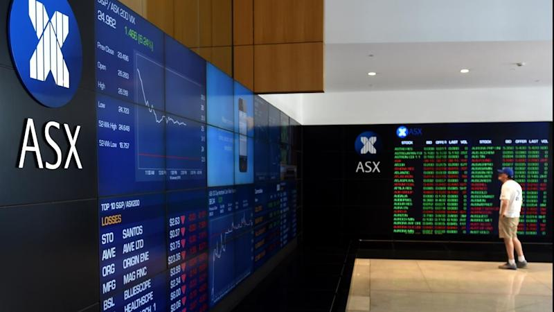Aust shares end lower ahead of key US data