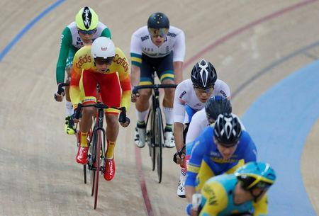 Cycling - UCI Track World Championships - Men's Omnium, Scratch Race - Hong Kong, China - 15/4/17 - Spain's Albert Torres Barcelo (front L) in action. REUTERS/Bobby Yip