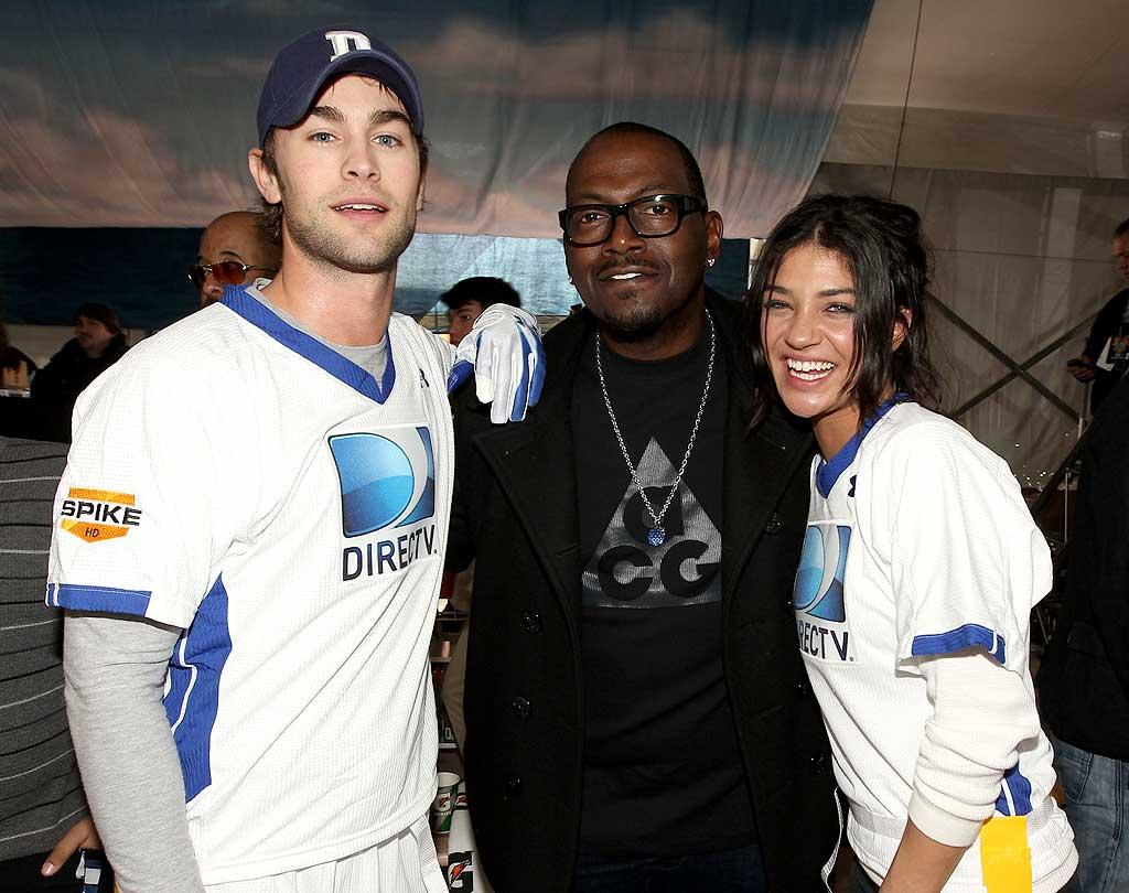 """Romo's future brother-in-law, """"Gossip Girl"""" actor Chace Crawford, hung out with fellow """"Gossip"""" star Jessica Szohr and """"American Idol"""" judge Randy Jackson at the 5th annual Celebrity Beach Bowl on Saturday. Christopher Polk/<a href=""""http://www.gettyimages.com/"""" target=""""new"""">GettyImages.com</a> - February 5, 2011"""