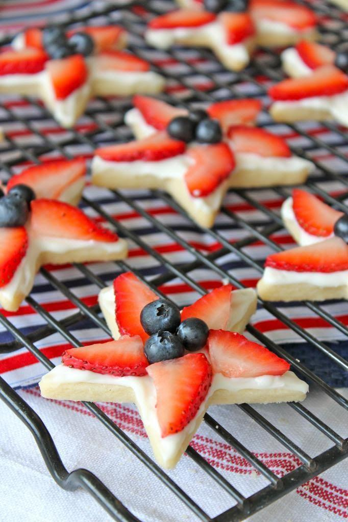 """<p>Make a batch of homemade star-shaped sugar cookies and outfit them with berries for a simple touch that'll go a long way.</p><p><strong>Get the recipe at <a href=""""https://thebakermama.com/recipes/4th-of-july-star-cookies/"""" rel=""""nofollow noopener"""" target=""""_blank"""" data-ylk=""""slk:The Baker Mama"""" class=""""link rapid-noclick-resp"""">The Baker Mama</a>.</strong></p><p><strong><a class=""""link rapid-noclick-resp"""" href=""""https://go.redirectingat.com?id=74968X1596630&url=https%3A%2F%2Fwww.walmart.com%2Fip%2FFox-Run-3-5-Cookie-Cutter-Star-Shaped-Biscuit-Sandwich-Donut-Mold-For-Baking%2F34924370&sref=https%3A%2F%2Fwww.thepioneerwoman.com%2Ffood-cooking%2Fmeals-menus%2Fg32109085%2Ffourth-of-july-desserts%2F"""" rel=""""nofollow noopener"""" target=""""_blank"""" data-ylk=""""slk:SHOP STAR COOKIE CUTTERS"""">SHOP STAR COOKIE CUTTERS</a><br></strong></p>"""