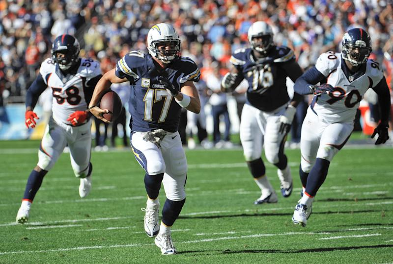 Mired in scandal, Dolphins face Chargers