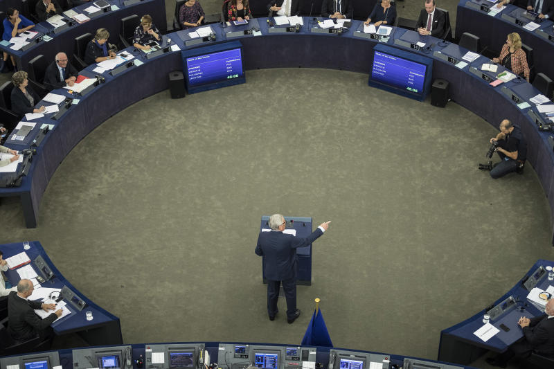 EU chief aims to boost euro's role in world markets