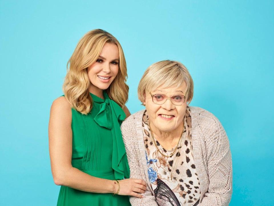 Amanda Holden and Leigh Francis in Mandy and Myrtle (Channel 4 Picture Publicity)