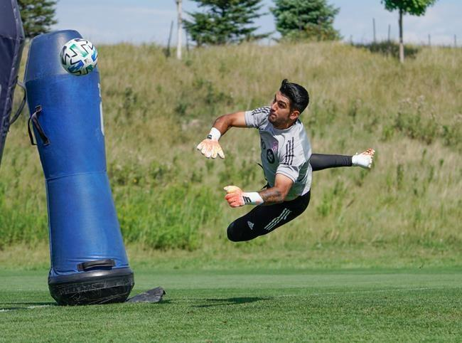 Baby fat proves to be a boon for Toronto FC's Silva, prompting move to goalkeeper