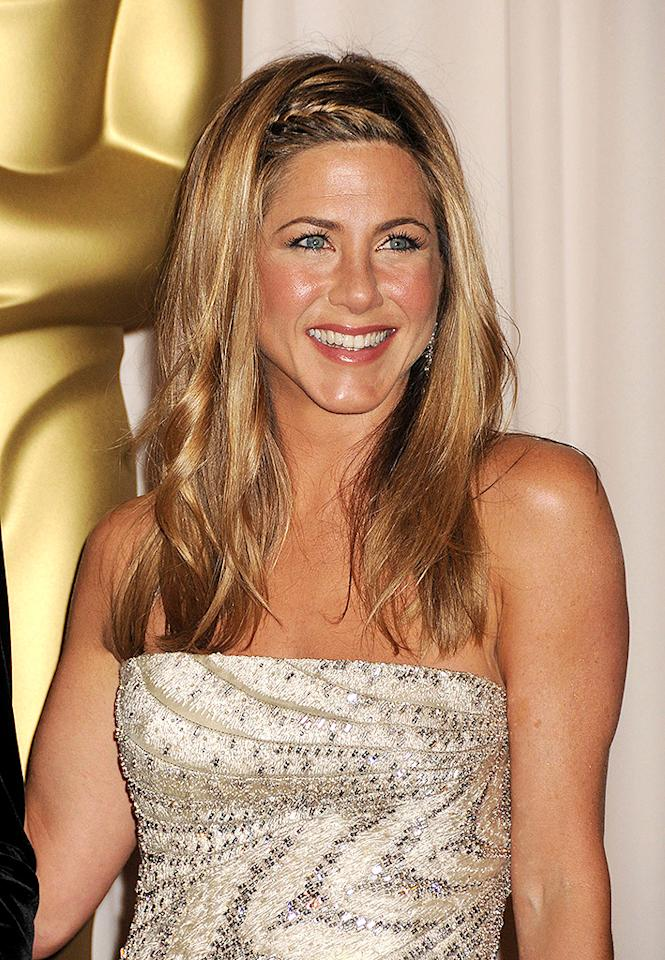 HOLLYWOOD - FEBRUARY 22: Actress Jennifer Aniston poses in the press room at the 81st Academy Awards at The Kodak Theatre on February 22, 2009 in Hollywood, California. (Photo by Jeffrey Mayer/WireImage)