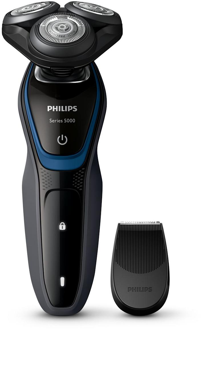 Philips Shaver Series 5000 with Precision Trimmer. Image via Walmart.