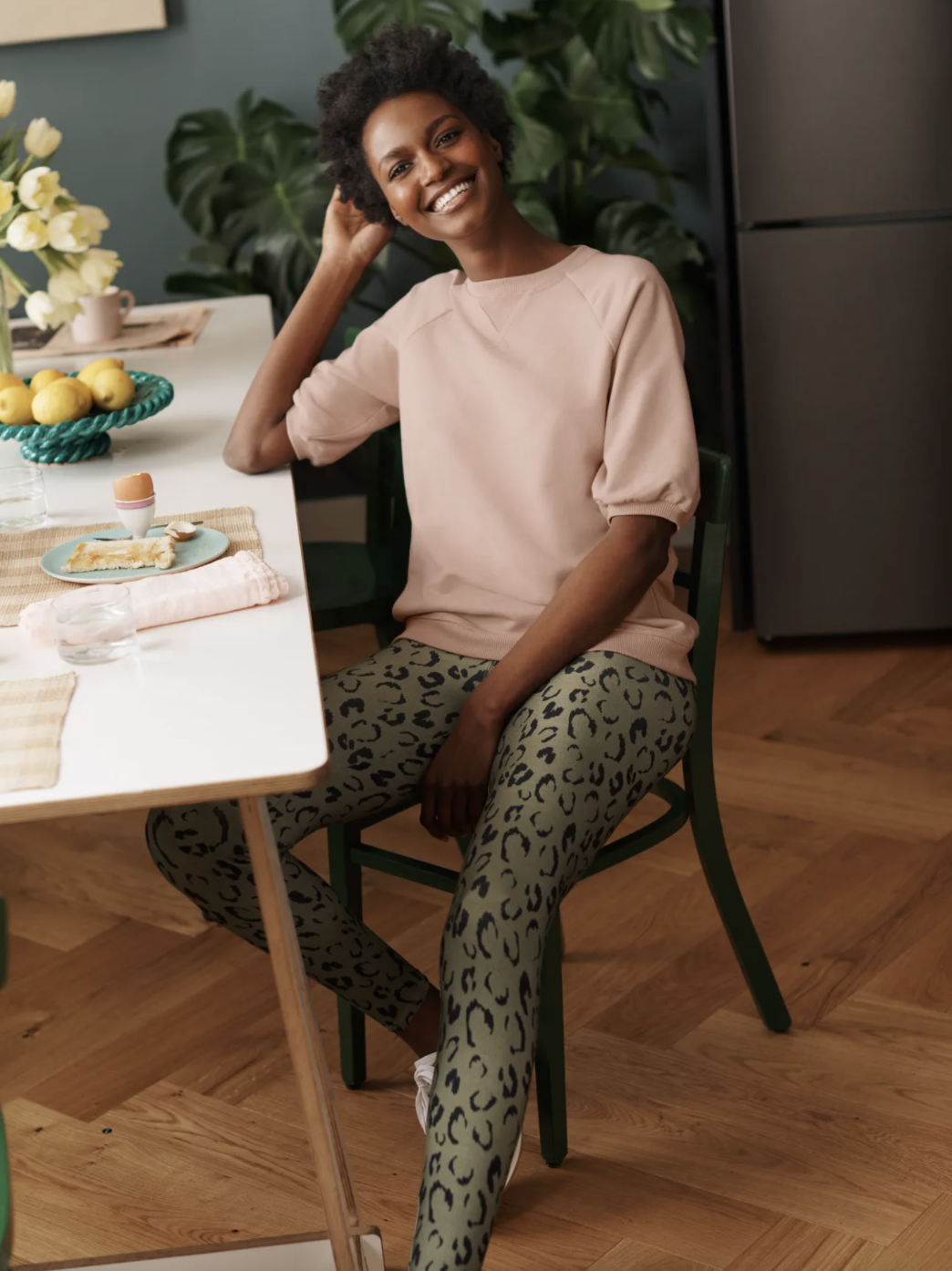 Whether you wear them while working from home, running errands, or on your Sunday stroll, we believe you will get your cost per wear out of Boden's Favourite Leggings. (Boden)