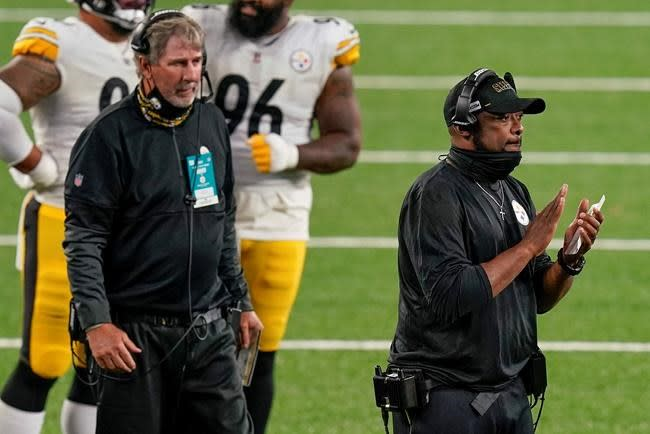 What elbow problem? Roethlisberger quiets doubters in opener