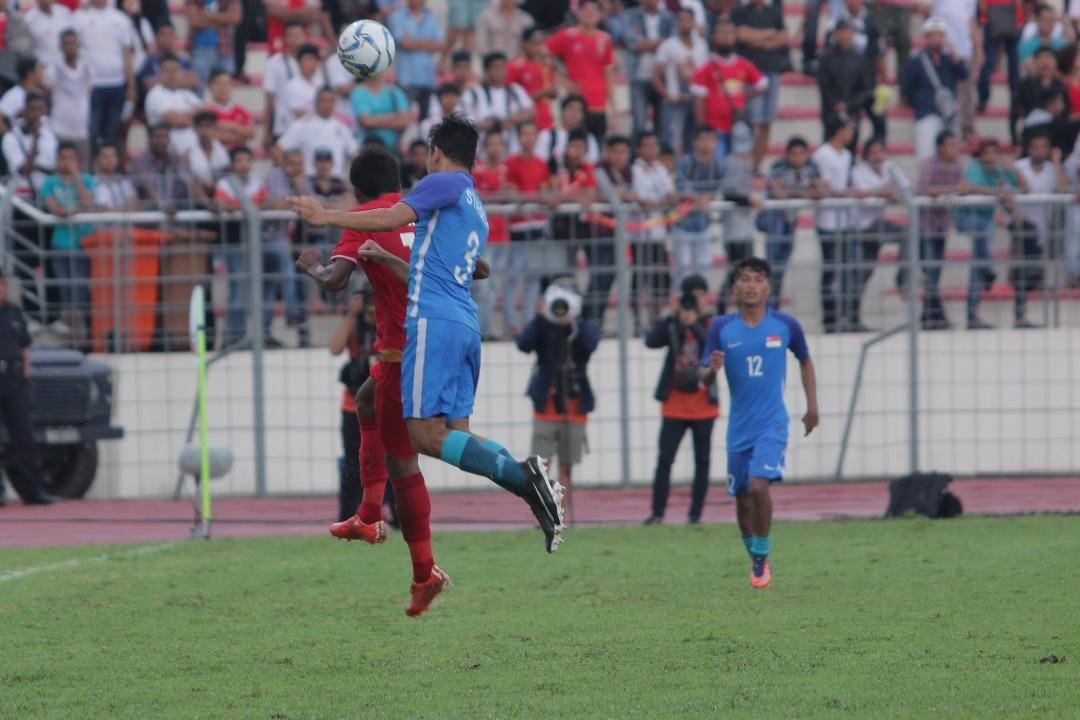 <p>Singapore coach Richard Tardy had called Myanmar the favourites in the lead-up to the game, and it proved to be the case. Photo: Fadza Ishak for Yahoo. </p>