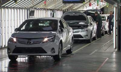 Toyota Begins Auris Production At Burnastone
