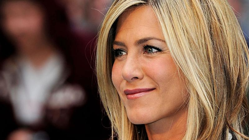 Jennifer Aniston's Natural Hair Is Apparently Curly & My Mind Is Blown