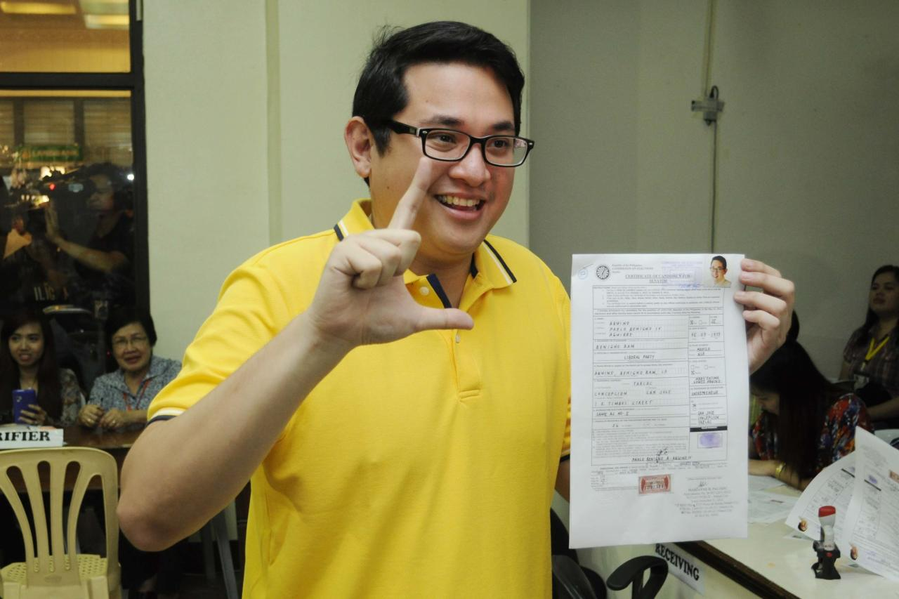 Presidential cousin Paolo Benigno 'Bam' Aquino IV files his certificate of candidacy at the Commission on Elections office in Intramuros, Manila Oct 5. (Angela Galia, NPPA Images)