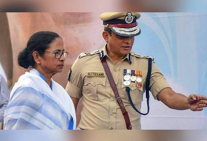 <u><b>Saradha Chit Fund Scam:</b></u> CBI had alerted all airports and immigration authorities this week to stop former Kolkata Police Commissioner Rajeev Kumar from exiting the country and inform the agency on any of his possible moves.