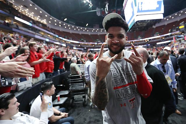 Brandone Francis celebrates as he walks off the court after defeating the Gonzaga Bulldogs. (Getty Images)